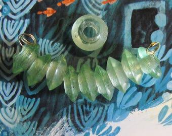 10 pcs glass bead lens transparent light green 18 mm