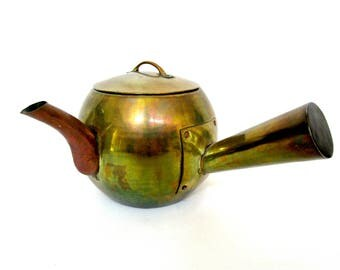 Mid Century Brass Tea Kettle, Teapot, Large Side Handle, Hand Forged, Marked Made in Hong Kong