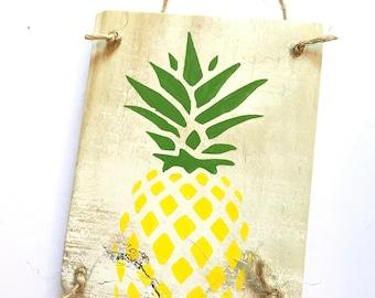 Mini Pineapple Sign