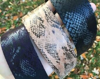 Faux Leather Snakeskin Choker