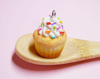 Rainbow Vanilla Cupcake Necklaces - polymer clay cupcake, cupcake jewellery, cupcake jewelry, kawaii cupcake, kawaii jewelry