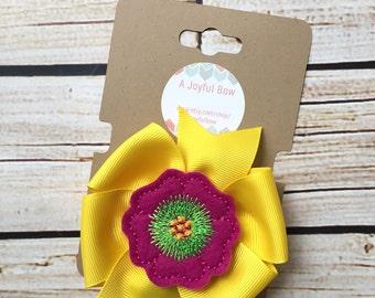 Spring flower hair bow, feltie clips, springtime, flowers, spring bows, pinwheel bows