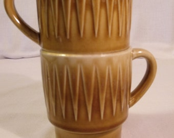 Ceramic Stacking Cups Made in Japan Caramel Color Textured Diamond Pattern