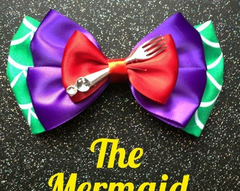 Mermaid inspired bow