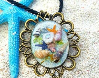 "Mermaid's Treasure Necklace ""Arielle"""