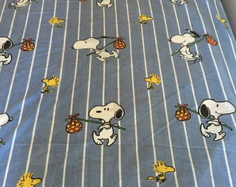 Vintage Fitted Twin Peanuts / Charlie Brown / Snoopy / Charles Shultz / Sheet Blue/Wh stripe /childs room/70s comic character/room decor