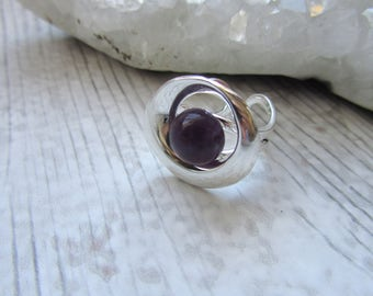 Amethyst Adustable Ring Swirl Circle Design 10mm Cabochon, Silver Plated