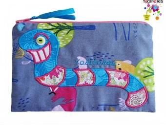 worm school kit, worm make up case, worm pouch, earthworm school kit, earthworm make up case, earthworm pouch, smiling worm