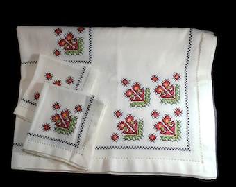 Small Tablecloth and Napkin Set, Winter Tablecloth, Square Table Cover, Red Flowers Tablecloth, Embroidered Tea Cloth