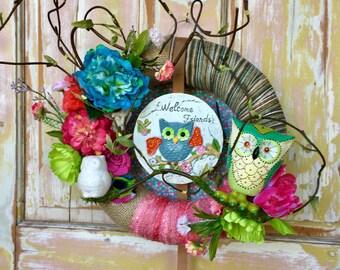 Owl wreath; Summer wreath; wreath with vintage ornaments; Spring wreath; upcycled ornaments; Owl decor; Vintage owl