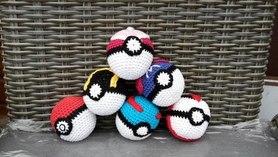 6 crochet pattern of Pokémon Pokébal, Master Ball, Love Ball, Great Ball, Ultra Ball, Timer Ball