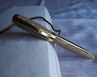 Graduate Magnetic Rollerball Pen - Humbug style :)
