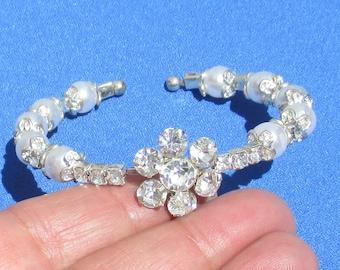 Retro Rhinestone Flower White Faux Pearl Wrap Bracelet TLC