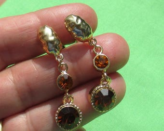 Vintage Topaz Colored Rhinestone Dangling Clip On Earrings