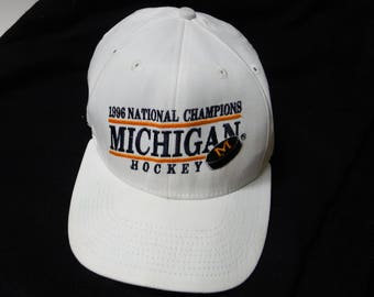 1996 Michigan Hockey Snapback Cat