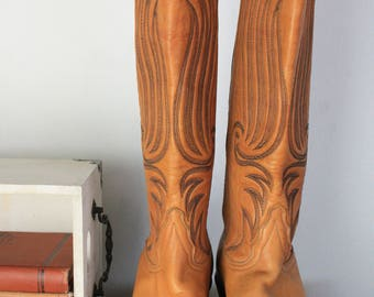 Vintage Tony Lama Womens Brown Black Embroidered Leather Cowboy Pull On Western Working Boots SZ 7 B G14