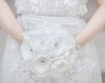 Wedding bouquet with anemone flowers, Ivory and White Brooch Bouquet, Silk Flower Bridal Brooch Bouquet, Silver and White Wedding Bouquet,