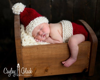 Newborn Santa Hat and Diaper Cover // Photography Prop// Baby Gift