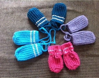 Baby Mittens with String. Kids Mittens. Newborn Boy Girl Baby Mittens. Toddler mittens. Hand Knitted Baby Clothing