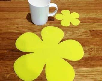Daisy Shaped Placemats or Placemats & Coasters - in Yellow Gloss Finish Acrylic 3mm