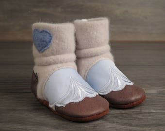 "Baby booties, Nooks, toddler footwear, toddler size US 4 / 6 - 12m / 4.5"" length slip-on style"