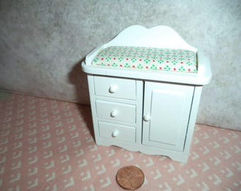 1:12 Scale Dollhouse Miniature White Dressing Table for Nursery