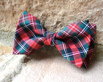 green and red plaid bow tie,green red black plaid bow tie for boys,green plaid bow ties,red and green plaid,plaid fabric