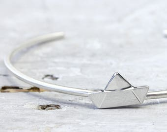 Bangle ship ahoy 925 Silver, cuff down open, maritime silver jewellery, paper boat made of silver
