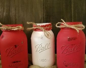 Valentine's Day Decor, Valentine's Day Decorations, Painted Mason Jars, Rustic Decor, Rustic Jars, Painted Jars, Red jars, holiday decor