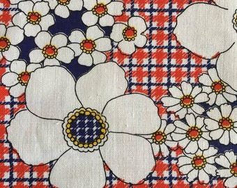 60's 70's Vintage bold big  FLOWER POWER print cotton fabric
