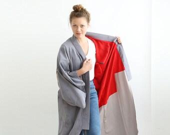 Antique Silk Japanese Kimono, Grey Floral Kimono, Slouchy Silk Long Jacket /  Wide Sleeves / One Size