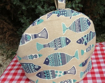 A tea cosy, size medium.  Made to fit a 4 cup teapot.  Nautical decor.