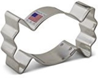 """Wrapped Candy 3.5"""" Cookie Cutter"""