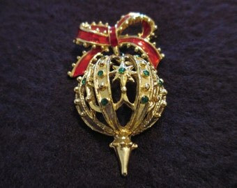 Designer gold tone  red enamel ribbon with green rhinestones Christmas tree ornament brooch