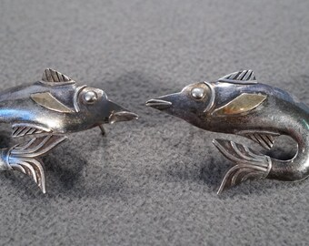vintage sterling silver statement earrings in the design of a swimming fish   M3