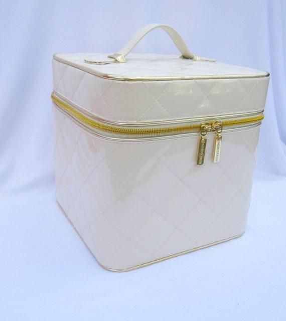 Makeup bag organizer train case wedding card case makeup for Wedding dress travel case