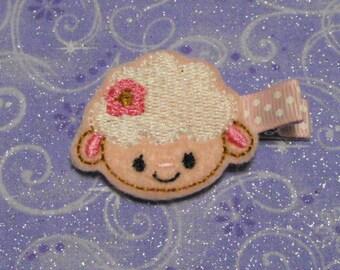 Easter Lamb / Sheep Felt Hair Clips, Easter Basket Filler, Feltie hair clip, Feltie, Felt Hair Clippie, Felt Hair Bow, Party favor