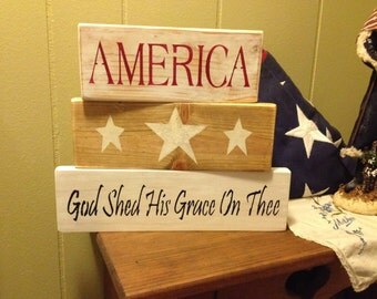 Handcrafted America shelf sitter