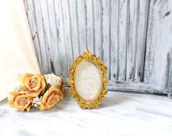 Oval Ornate Bright Gold Vintage Style 4 x 6 Frame with Glass Backing, Shabby Chic Gold Frame, Wedding Frame Picture Frame Table Number Frame