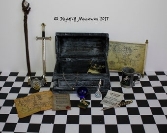 Dollhouse miniature Lord of the Rings fantasy inspired distressed chest and miniatures in 1:12 scale