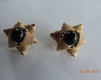 Vintage Gold and Black Clip-on Earrings from the 1960's