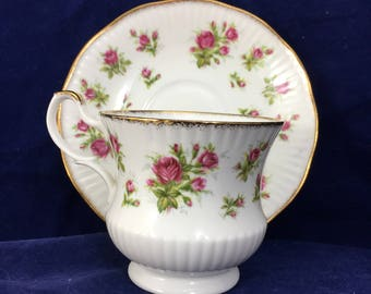 "Vintage Royal Minster Fine Bone China Cup and Saucer Made in England Decorated with Pink Roses Edged in Gold, ""Like New"" Condition. English"
