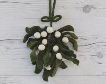 Felt Mistletoe Sprig Decoration, Felt Mistletoe Ornament, Felt Mistletoe Bough, Holiday Decoration Accent