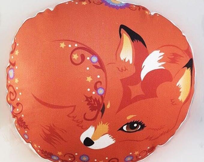 Fox decorative pillow - Finley Fox