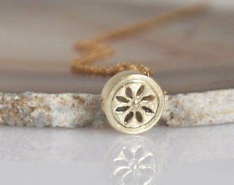 Small Gold Pendant , 14K Gold Dainty Necklace , 14k Solid Gold Necklace ,  Solid Gold Flower Pendant , 14k  Gold Tiny Pendant