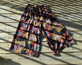 90's Bohemian Capri Pants with Pockets, Comfy Flowy Boho Capri Pants, Floral & Frames Boho Capris, Vintage Briggs New York, Size SM
