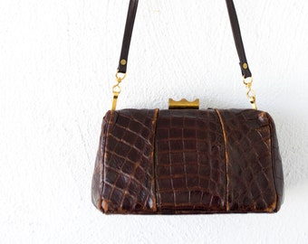 Vintage 40s 50s Alligator Doctor's Bag // Gold Brown Distressed Leather Crossbody Purse