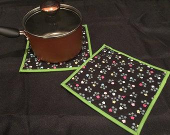 Flower Pot Quilted, Insulated Pot Holder Set