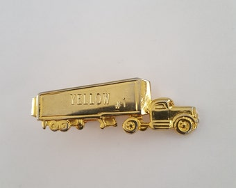 Vintage 1950's Yellow Freight gold tone tie clip, tractor trailer