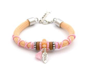 Statement bracelet peach orange / pink